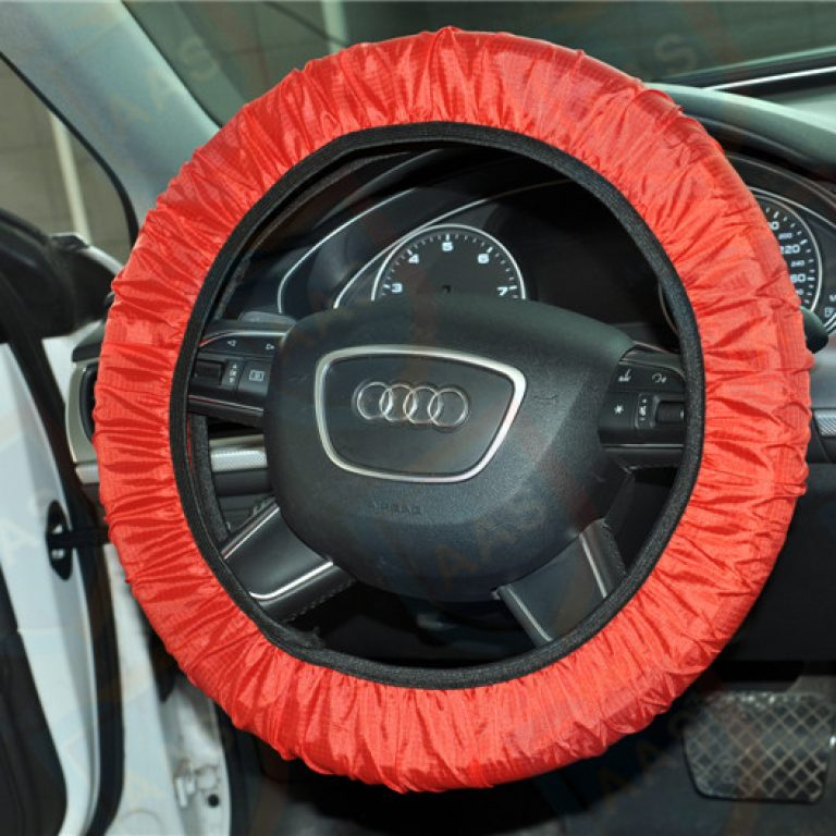 waterproof-car-steering-wheel-cover